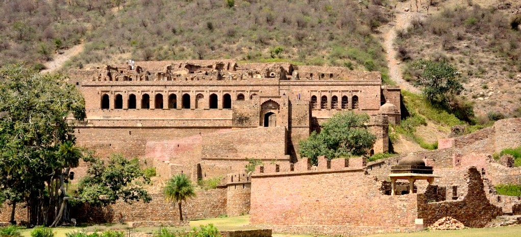 Bhangarh fort Alwar - bhangarh fort ghost story - Best fort in rajasthan